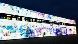 Beleuchtete Fassaden, Fassadenwerbung