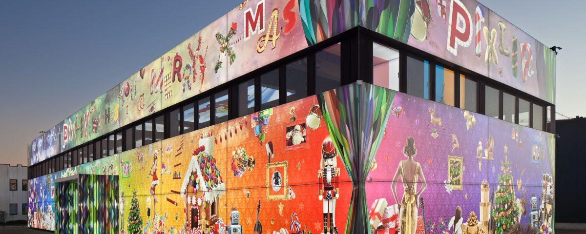 Medien Fassade, Fassadenwerbung