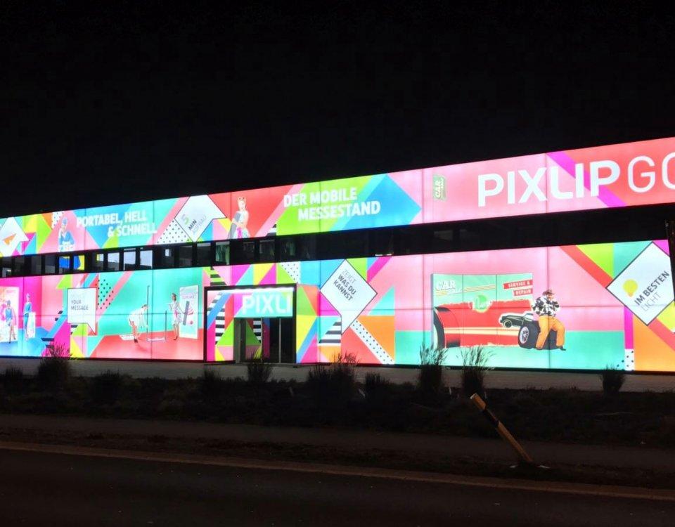 Medienfassaden Werbung, Fassadenwerbung
